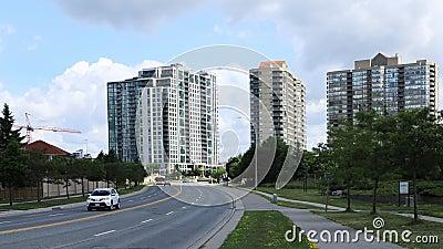 Timelapse do tráfego em Mississauga, Canadá 4K vídeos de arquivo
