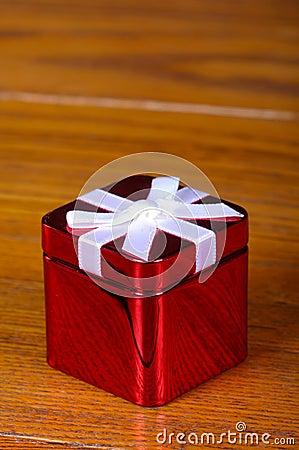 Tin Christmas boxe