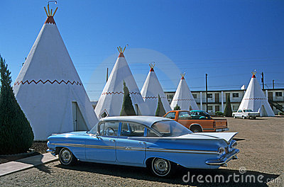 Tipis and Oldtimer 1