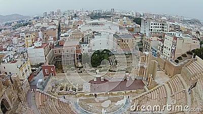 Tir aérien de Roman Theatre à Carthagène, Espagne banque de vidéos