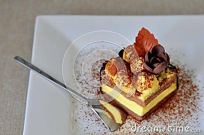 Tiramisu cake (piece)