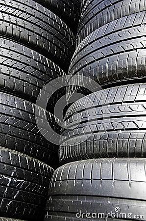 Tire black.