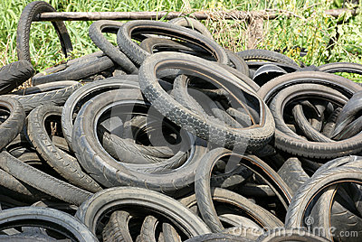 Tires garbage