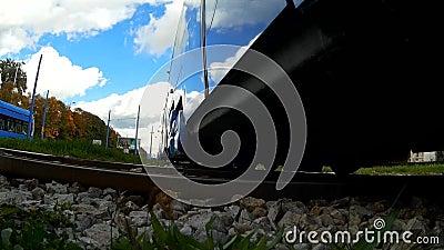 TMK 2200低层有轨电车在萨格勒布(克罗地亚) 股票录像