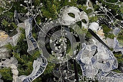 Tło boże narodzenia dekorujący maskowy drzewo