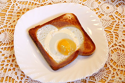 Toast with a hearty-like fried egg