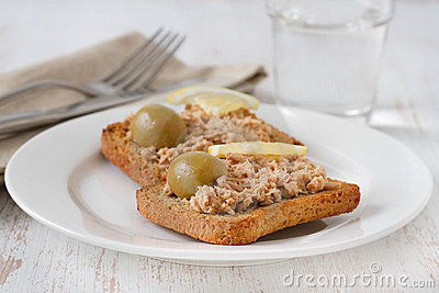 Toasts with tuna paste