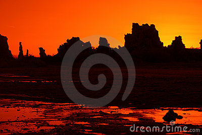 Toba volcánica anaranjada
