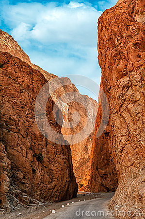 Free Todra Gorge In Morocco Stock Photography - 44369122