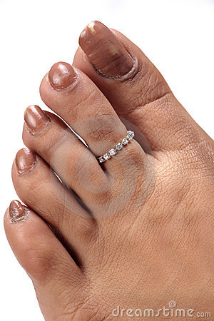 Toe ring jewellery