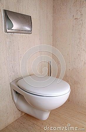 Toilette Blanche Moderne Dans Une Salle De Bains De Marbre