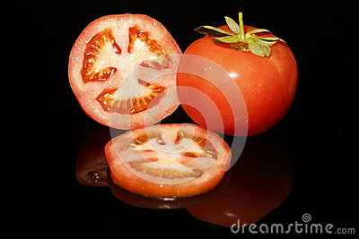 Tomato half and slices