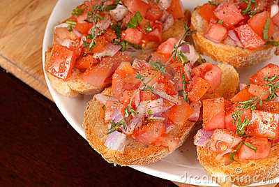 Tomato and onion bruschetta wi