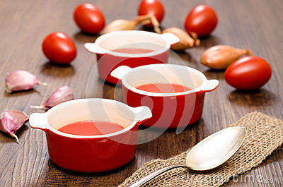 Tomato soup with red tomatoes