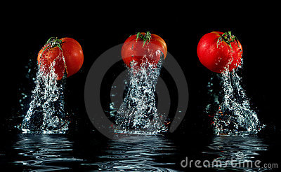 Tomato splashing out of water