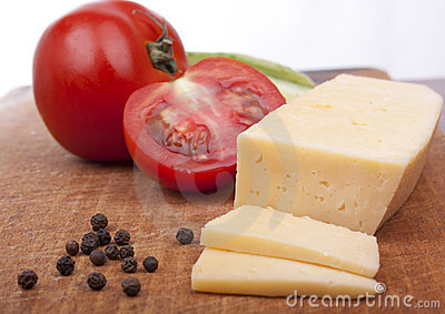 Tomatoes with fragrant pepper and cheese