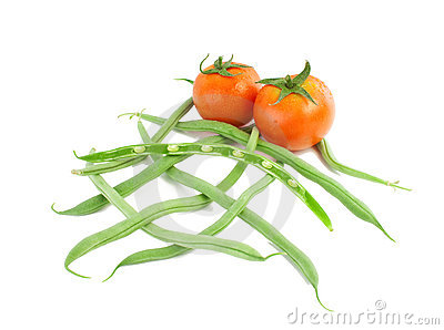 Tomatoes and fresh green beans.