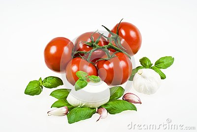 Tomatoes, mozzarella, basil and garlic