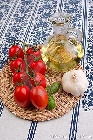 Tomatoes, oil and garlic