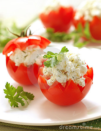 Free Tomatoes Stuffed With Feta Royalty Free Stock Photos - 4550868