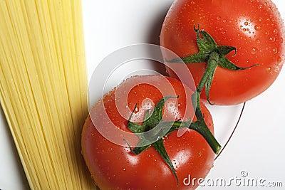 Tomatos and pasta
