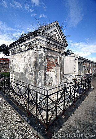 Free Tomb Stock Images - 12209534