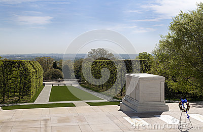 Tomb to Unknown Soldier