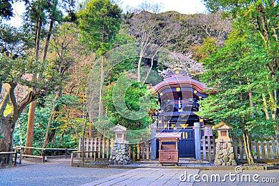 Tombeau de Kamakura