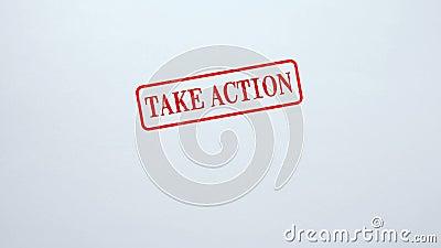 Tome el sello de la acción sellado en el fondo de papel en blanco, estímulo, motivación almacen de metraje de vídeo