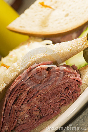 Tongue corned beef sandwich