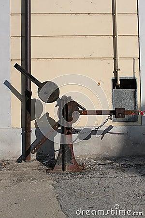 Tool rail