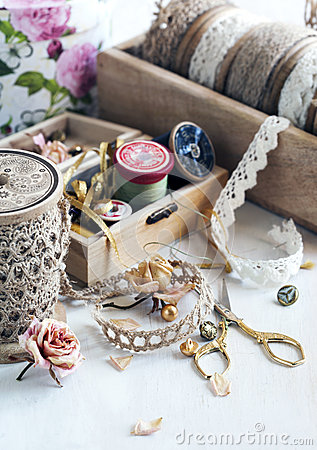 Free Tools For Needlework, Thread For Sewing, Scissors, Buttons And V Royalty Free Stock Images - 54961229