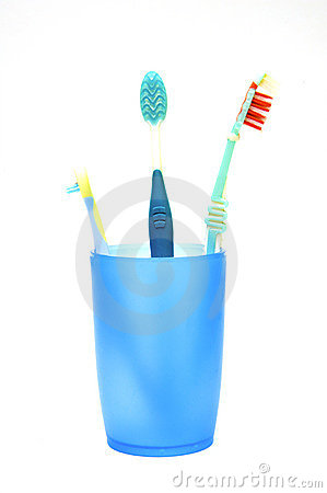 Free Tooth-brushes Royalty Free Stock Images - 9211589