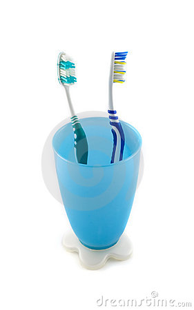 Free Toothbrush On A Cup Royalty Free Stock Photos - 13747198