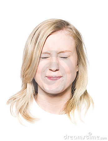усмешка девушки toothy