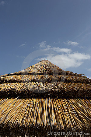 Free Top Of Straw Parasol Royalty Free Stock Photo - 682075