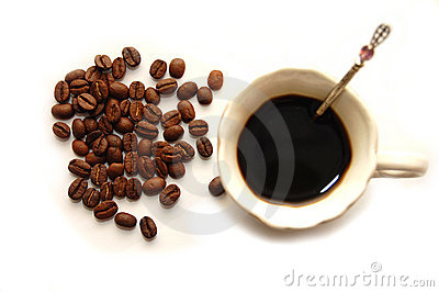 The top view coffee grains with coffee cup