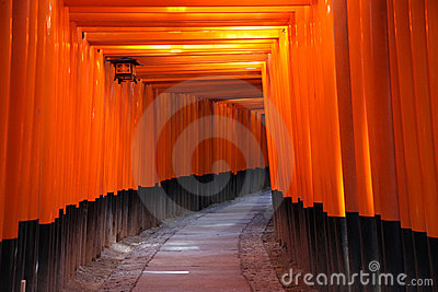 Torii της Ιαπωνίας Κιότο πυλών