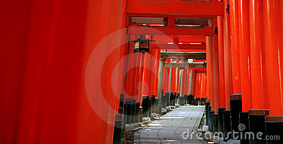 Torii της Ιαπωνίας Κιότο inari πυλώ&nu
