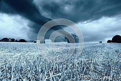 Tornado in arrive