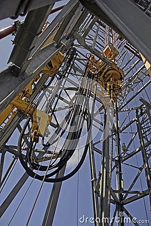 Torre de perforación de la perforación petrolífera en el mar
