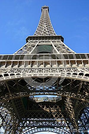 Torre Eiffel en la ciudad de París, Francia