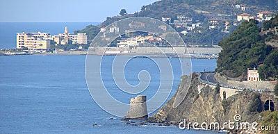 Torre en el mar