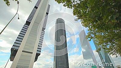 Torres del negocio de Madrid almacen de metraje de vídeo