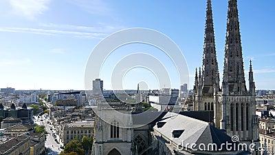 Torri della cattedrale del Bordeaux video d archivio