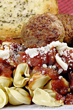 Tortellini and Meatballs with Sauce