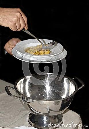Tortellini s soup