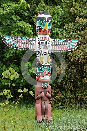 Free Totem Pole Stock Images - 32907844