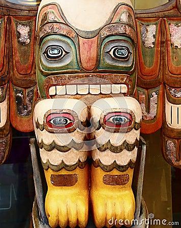 Free Totem With Many Eyes Royalty Free Stock Photo - 27491935
