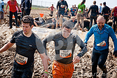 Tough Mudder: Racers Having Fun Editorial Stock Image